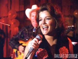 Dallas, Garnet McGee, Kate Mulgrew, Triangle
