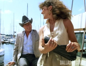 Billion Dollas Question, Dallas, Holly Harwood, J.R. Ewing, Larry Hagman, Lois Chiles