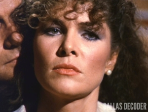 A Ewing is a Ewing, Dallas, Holly Harwood, Lois Chiles
