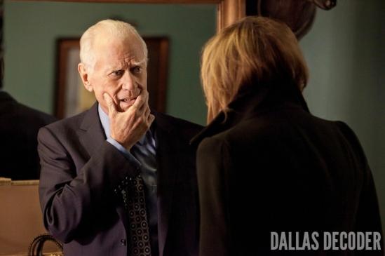 Dallas, Family Business, J.R. Ewing, Larry Hagman, Linda Gray, Sue Ellen Ewing, TNT